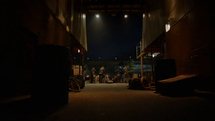 Arrow S06E01 HDTV x264-LOL[eztv] mkv preview 0
